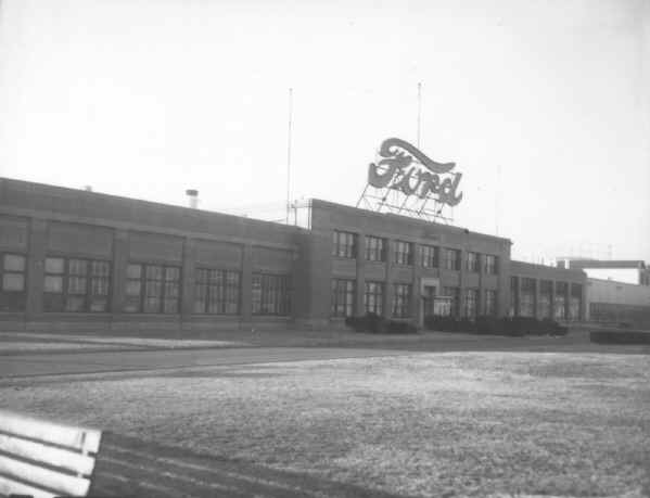 Old Chester Pa Business Ford Motor Company